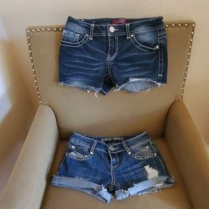 Bundle of Almost Famous cutoffs